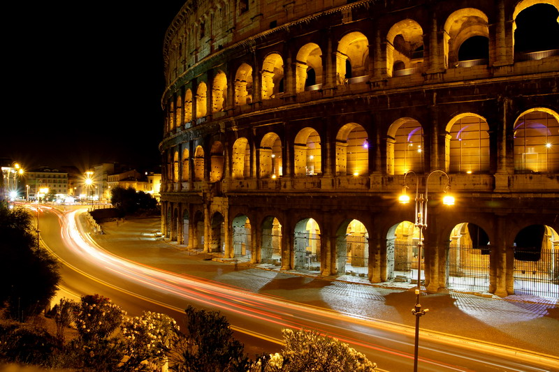 Colosseo-By-Night