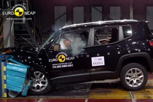 Carsh test, entrano nell'Olimpo Jeep Renegade e Audi A3