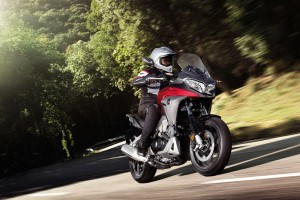 Honda Crossrunner, disponibile la Adventure Sport Tourer