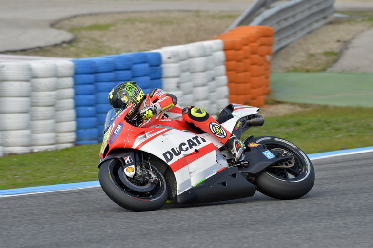 OK_0081_T03_Iannone_action