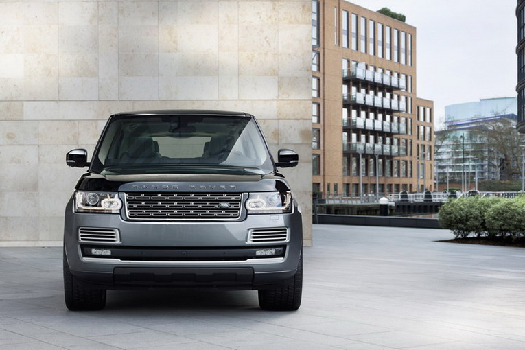 Range Rover SVAutobiography_Front