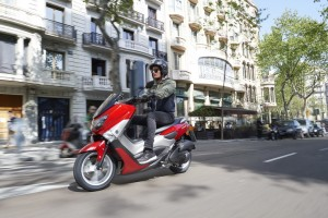 Yamaha NMax, il nuovo urban scooter entry level