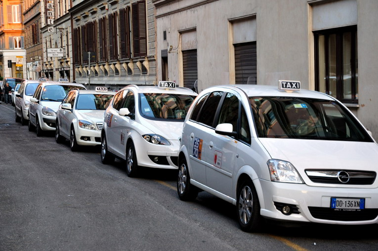 taxis-roma (1)