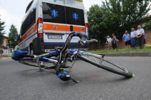 Eur – Ciclista perde la vita in un incidente