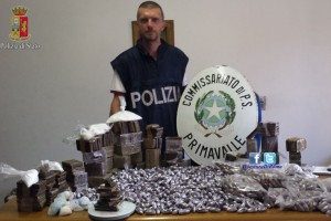 Primavalle – Maxi sequestro di droga, recuperati 56 chili di hashish in due cantine
