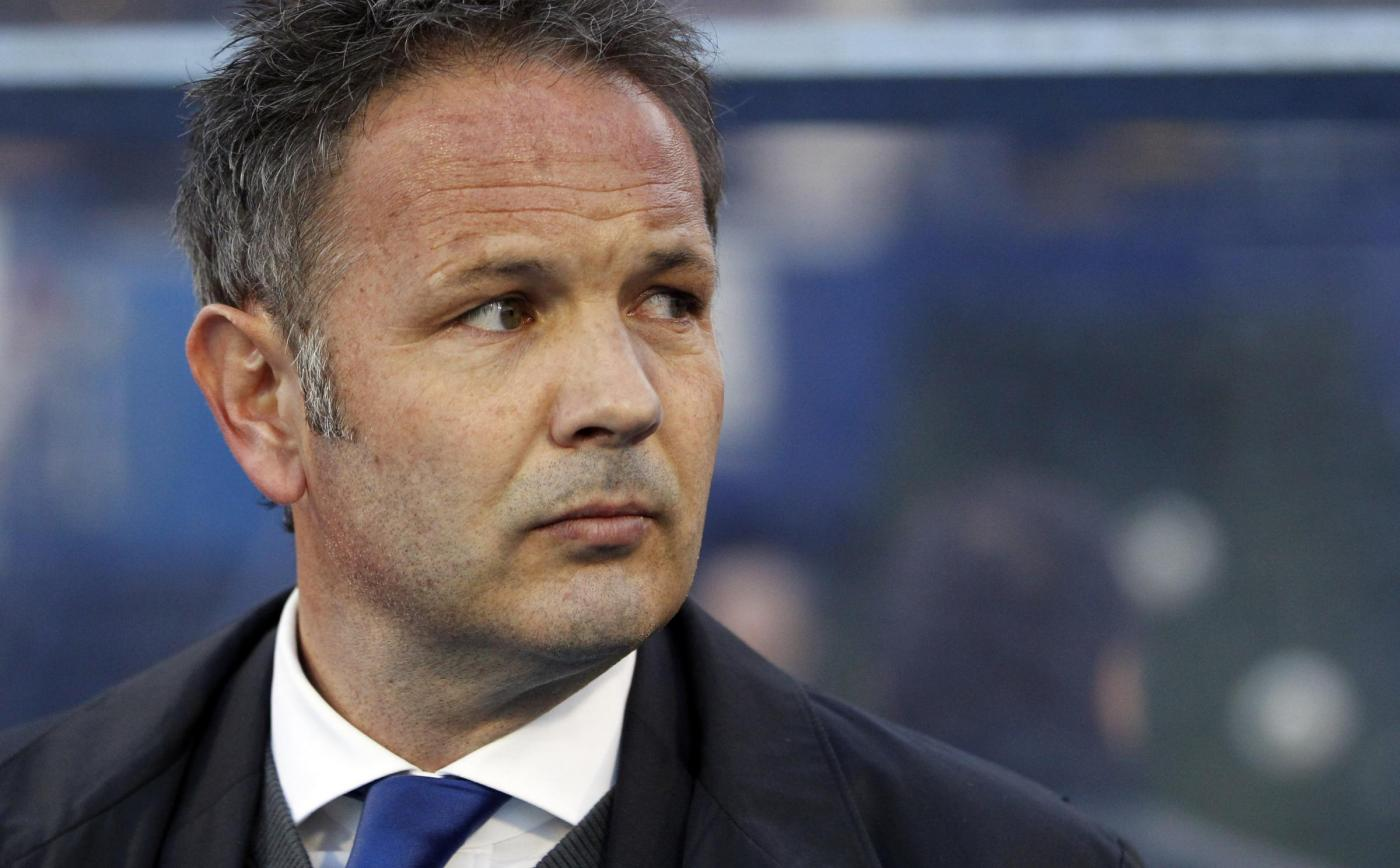 Serbia's head coach Sinisa Mihajlovic looks on during the group A World Cup  qualifying soccer  match between Croatia and Serbia in Zagreb, Croatia, Friday, March 22, 2013. (AP Photo/Darko Bandic)