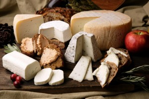 UE: Coldiretti, da Ceta ok a asiago e gorgonzola Made in Canada