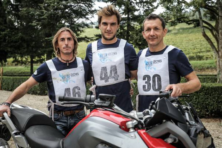 P90200756-bmw-motorrad-gs-trophy-2016-italian-selections-italian-national-finalists-at-gs-trophy-2016-from-lef-600px