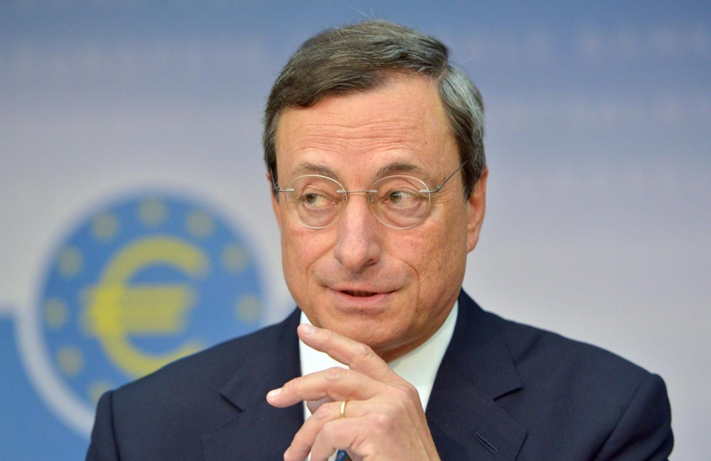 President of the European Central Bank (ECB) Mario Draghi speaks about monetary policy of the ECB at a press conference in Frankfurt Main, Germany, 06 September 2012. The euro crisis preoccupies analysts, rating agencies and financial experts world wide.  ANSA/BORIS ROESSLER