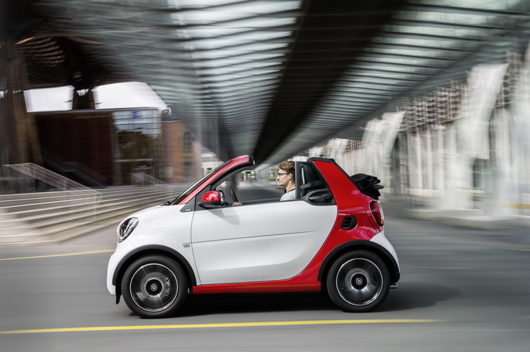 smart fortwo cabrio, passion, white / jupiter red