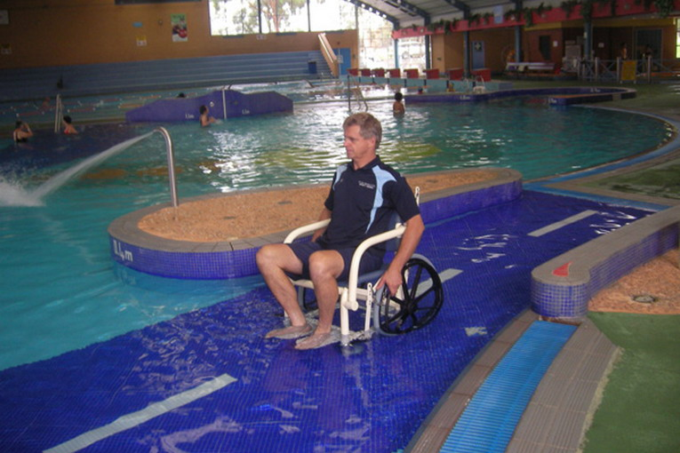 Platypus-Wet-Area-Wheelchair-down-pool-ramp