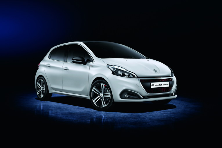 PEUGEOT_208_2015_354_FR-ICE-WHITE-MATT