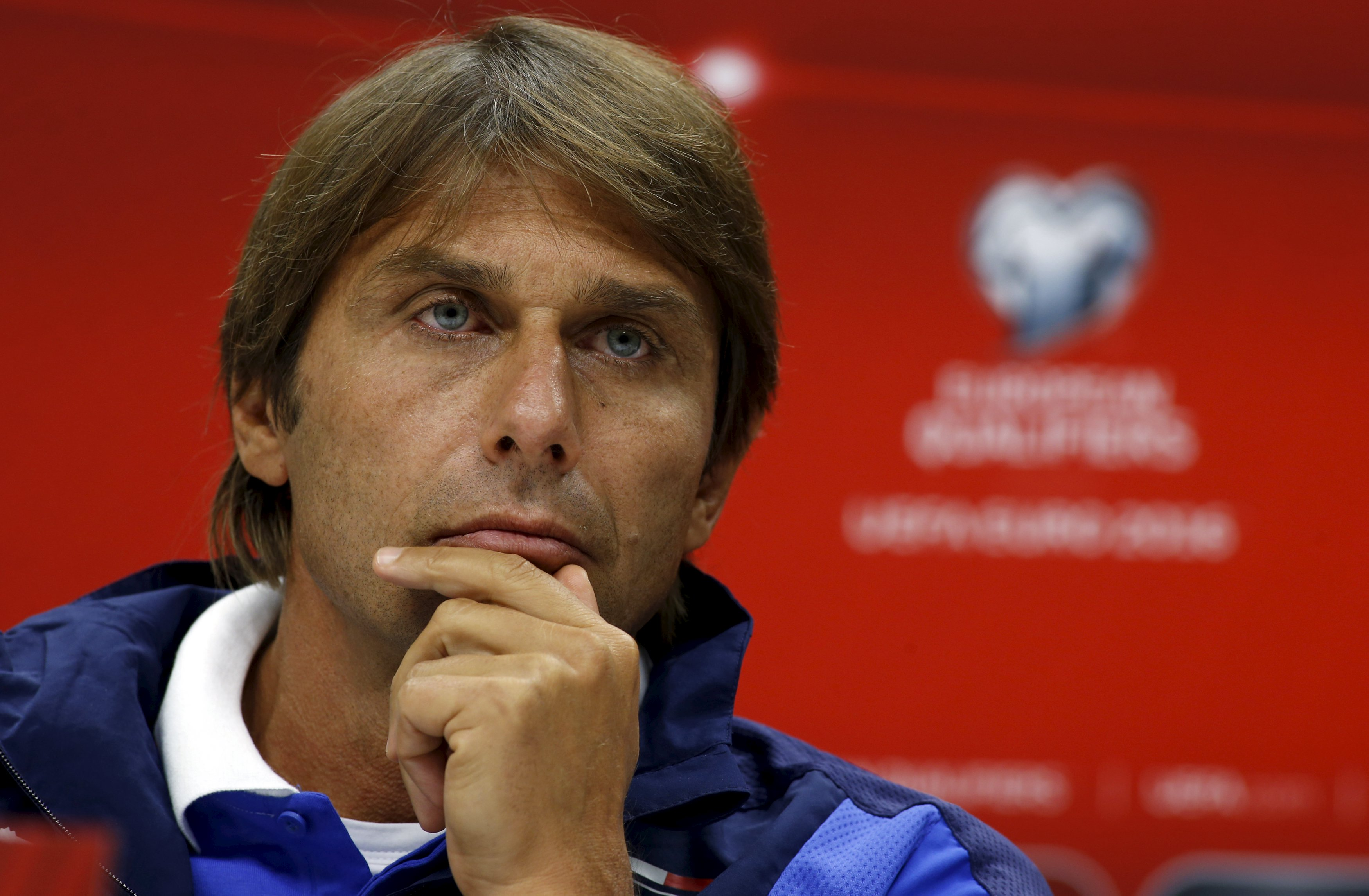 Italy's head coach Antonio Conte attends a news conference in Baku, Azerbaijan, October 9, 2015. Italy will play a Euro 2016 qualification match against Azerbaijan on Saturday. REUTERS/David Mdzinarishvili