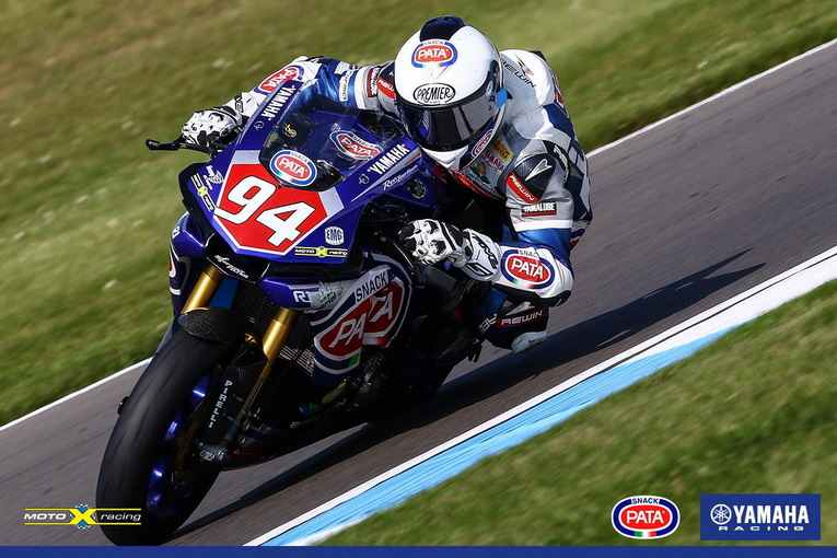 donington-world-sbk-stock-1000-yamaha-motoxracing-2016-niccolo-canepa-3