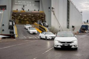 La prima Honda Clarity Fuel Cell arriva in Europa
