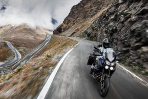 """Test the Emotion"", Yamaha scala la vetta del 41° Motoraduno Stelvio International"