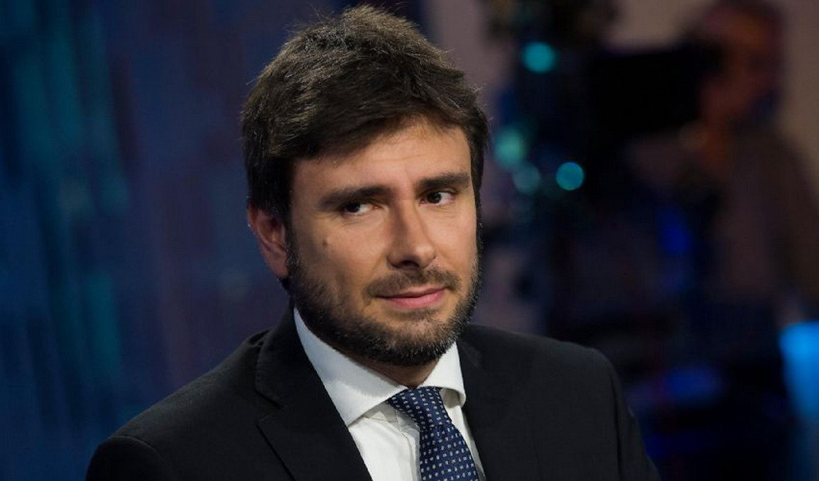 "Di Battista: ""Che squallore..."""